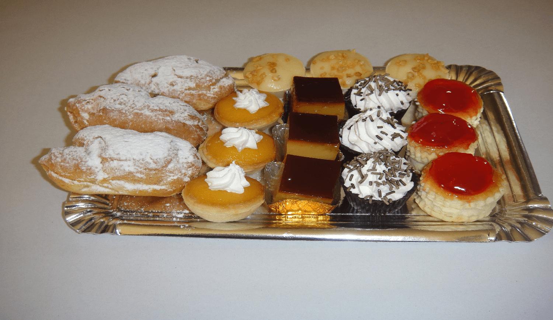 Bandeja de pastelitos
